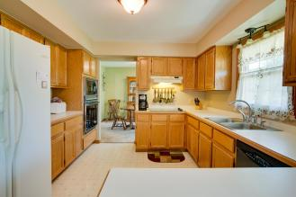 45301 Middlebury Canton MI-large-005-Kitchen-1500x1000-72dpi