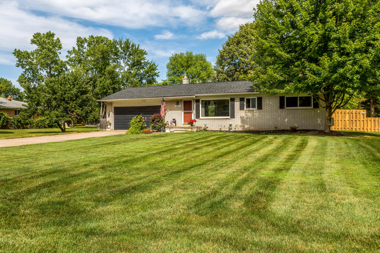 SOLD | 18872 Maplewood, Livonia, MI | A Half Acre of Living