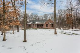 SOLD | 11540 Woodmont, Pinckney, MI | Spacious Custom Brick Ranch