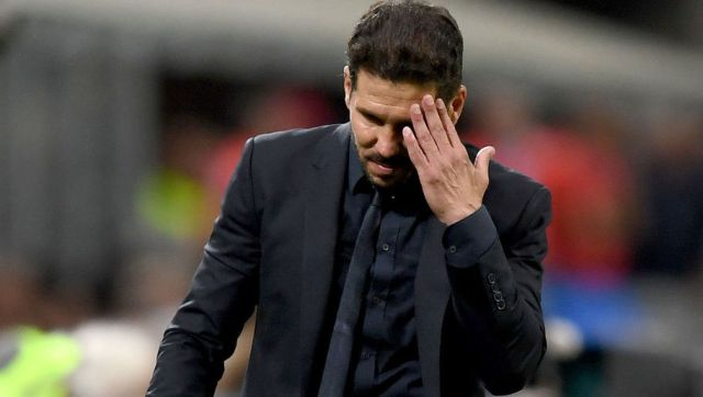 MILAN, ITALY - MAY 28:  Coach of Club Atletico de Madrid Diego Simeone looks dejected during the UEFA Champions League Final match between Real Madrid and Club Atletico de Madrid at Stadio Giuseppe Meazza on May 28, 2016 in Milan, Italy.  (Photo by Shaun Botterill/Getty Images)