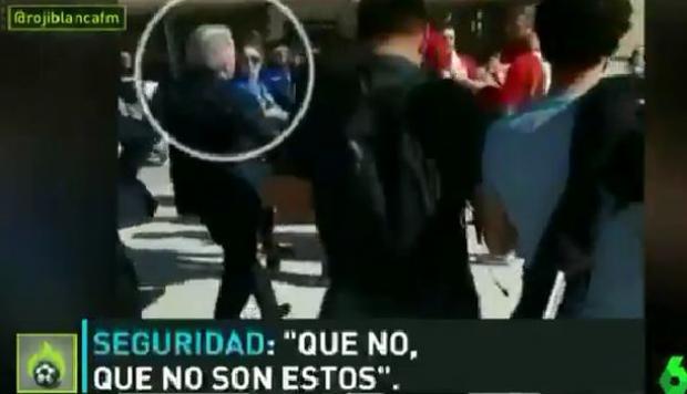 VÍDEO | Así fue el encare de varios aficionados con Cerezo en los alrededores del Metropolitano 1
