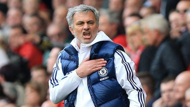 Chelsea's manager Jose Mourinho celebrates