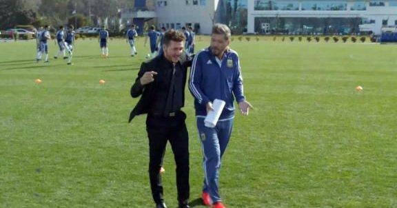 VIDEO: Esta imitación de Simeone entrenando a Argentina ya es viral en su país 1