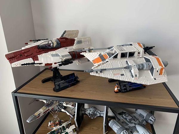 LEGO 75144 Snowspeeder con LEGO 75275 A Wing del UCS