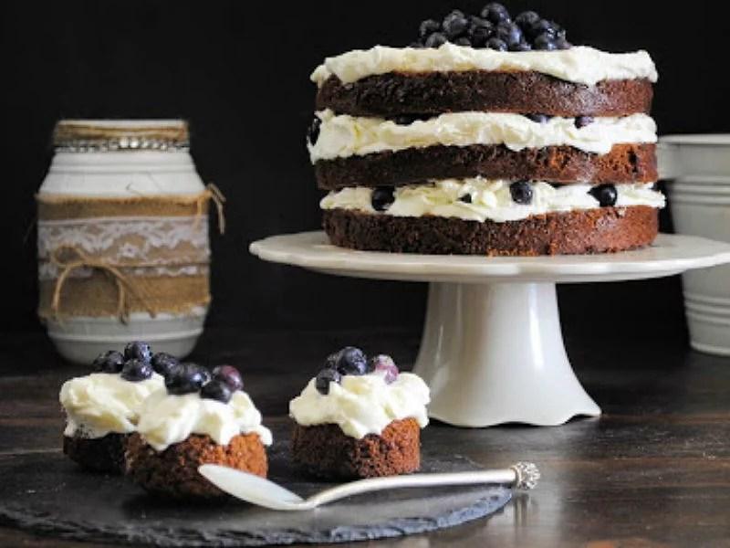 ##Layer cake Guinness y arándanos