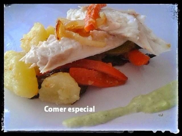 fiestabloguera-Lubina-al-horno-con-patatas-y-verduras