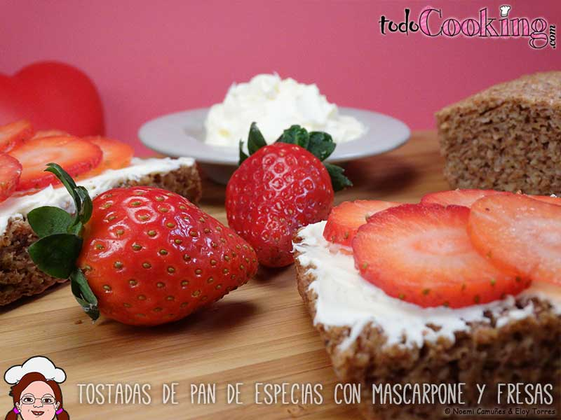 Tostadas-Pan-Especias-Mascarpone-Fresas-03
