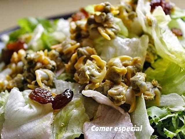 ##Ensalada light con berberechos y aderezo de hierbabuena