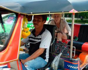 chofer de tuk-tuk (foto: UPSOCL)