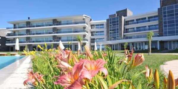 Vista Edificio   Altos del Arapey Resort & Spa Golf