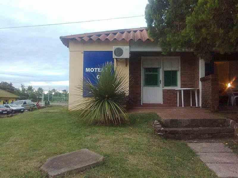 motel4-arapey