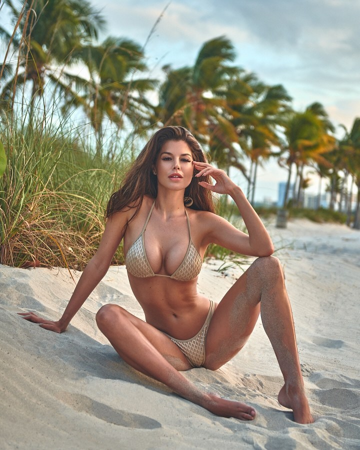 Im back!! And starting back with a bikini!