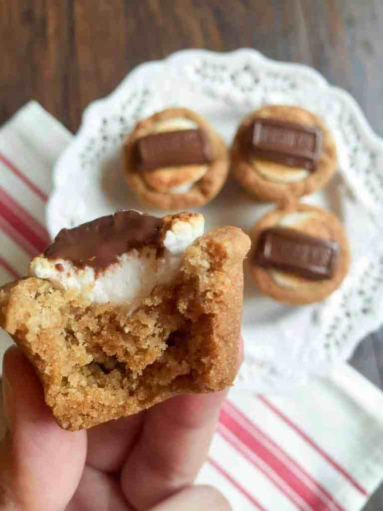 S'mores cups are the perfect dessert for the transition from summer into winter.  A crowdpleaser that never gets old!