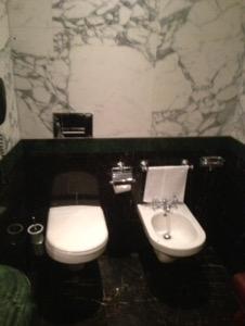 ホテルダニエリベネチア滞在記豪華なバスルーム