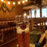 フランクフト空港で醸造所直営レストランで美味しいビールとドイツ料理をいただく@パウラーナーPaulaner in the Squaire