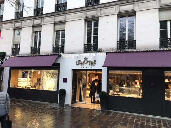 Lenotreパリ、バスティーユ広場すぐの老舗パティスリー店舗外観イ