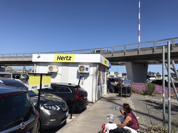 transfer bus stop for FireFly at Catania airport hertz office1