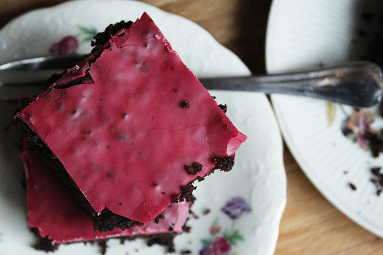 Veganer glutenfreier Brownie mit Rote Bete