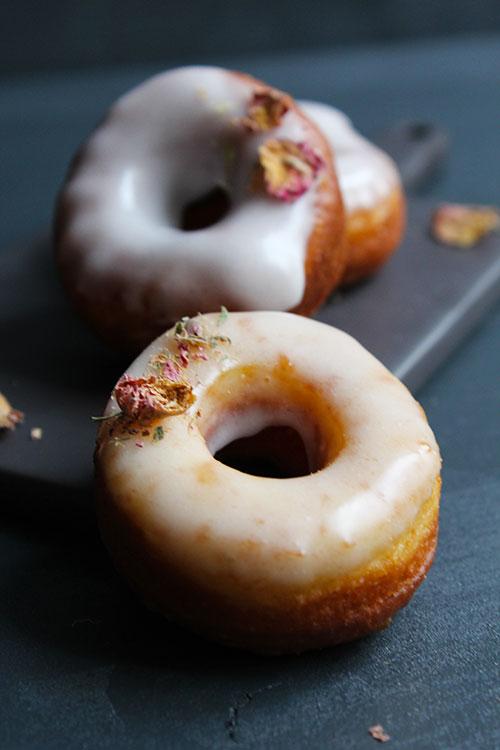 Donuts Holunderblüte Rose