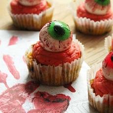 Halloween Special: Kürbis-Cupcakes mit Zimtfrosting
