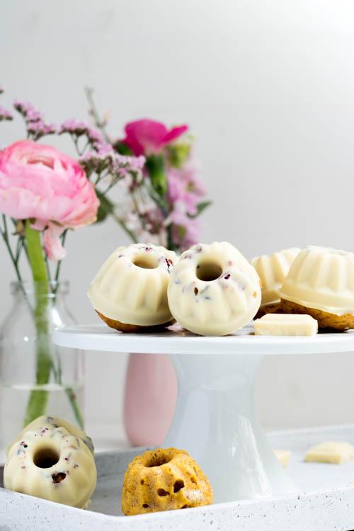 Rezept Mini Gugelhupf Carrot Cake weiße Schokolade