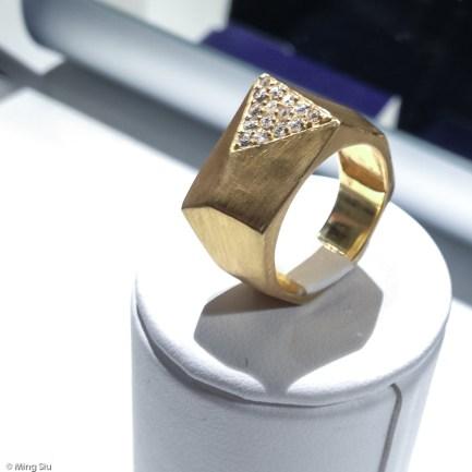 Mondrian Ring by amelia rachim Mejuri Jewellery Launch Event