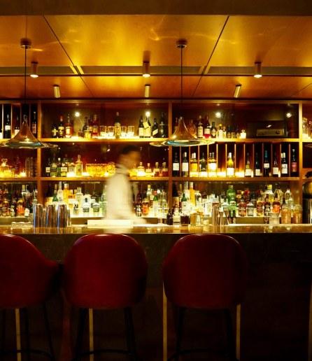 dishoom-carnaby-london-sixties-indian-restaurant-bar