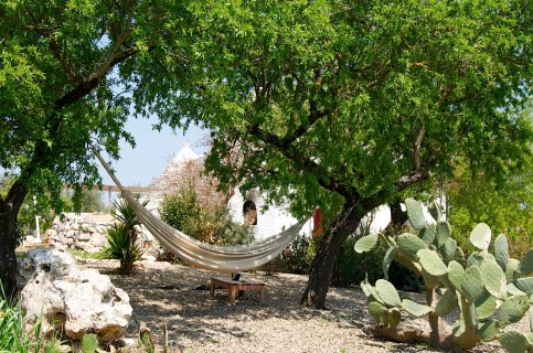 Hammock-and-trullo-view