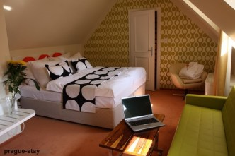 Hotel-sax-sofa-and-notebook1