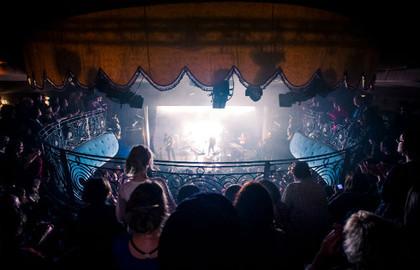 Le-Divan-du-Monde-Concert---630x405---©-OTCP-DR_block_media_big