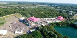 Tomorrowland2011a