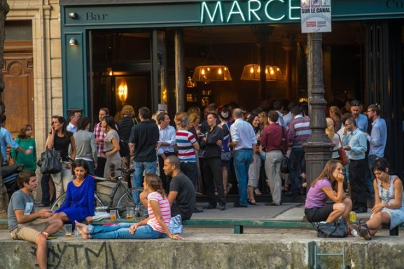 bar-canal-st-martin-paris-conde-nast-traveller-20feb14-alamy_646x430-1