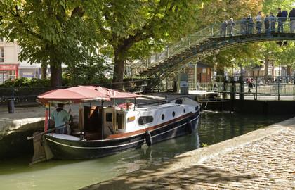 Canal-Saint-Martin-ecluse-pont-Quai-de-Valmy---630x405---©-OTCP-Jacques-Lebar---177-45_block_media_big