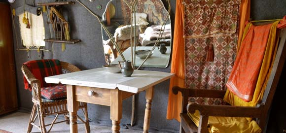 nest-at-leewood_table_cs_gallery_preview