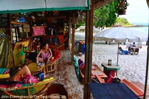 Thailand_Koh_Samet_Ao_Cho_Beach_Freedom_Bar_3648_2_b0f50640236ff62c073f9223bea0e7d6_600x400