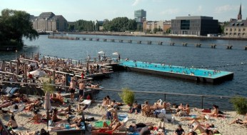 badeschiff-berlijn-1