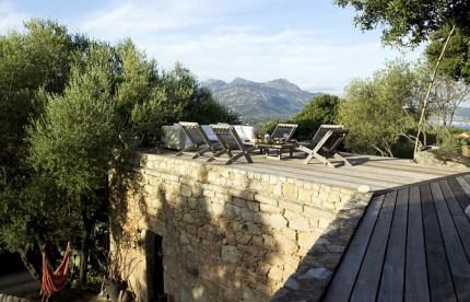 modern_vacation_rentals_corsica_france_001