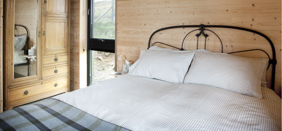 black-shed_bedroom2_cs_gallery_preview
