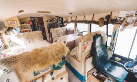 nomads-bus_living-room-1020x610