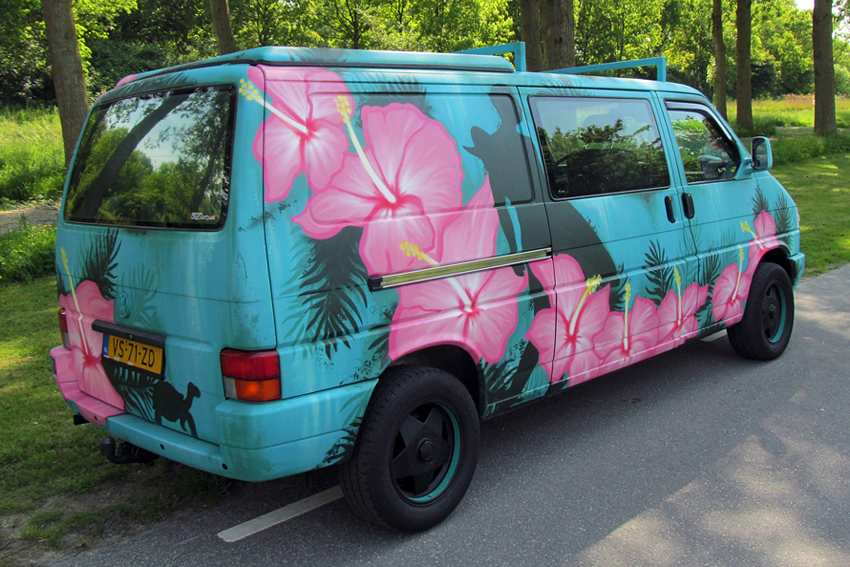Graffiti Hawaii Surfvan 3