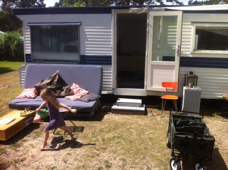 Caravan 2 buiten