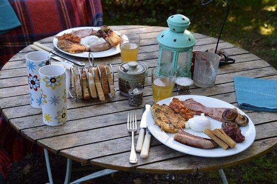 lovely-breakfast