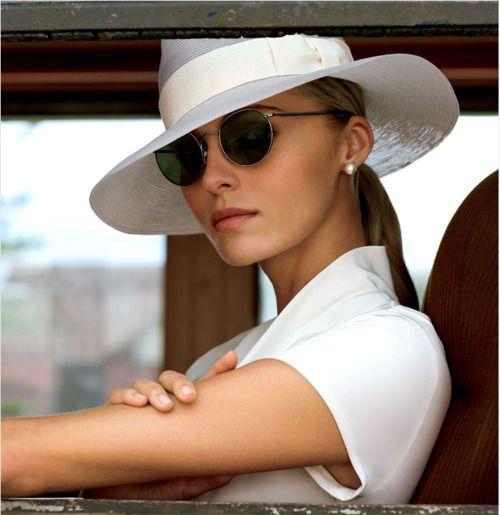 0b162116795069eebf0bf2f435276672--valentina-zelyaeva-white-hats