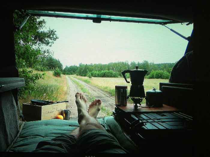 reasons-to-travel-in-a-van-tea-time