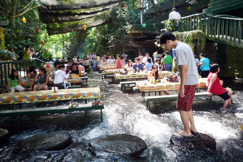 WaterfallRestaurant_JessicaC