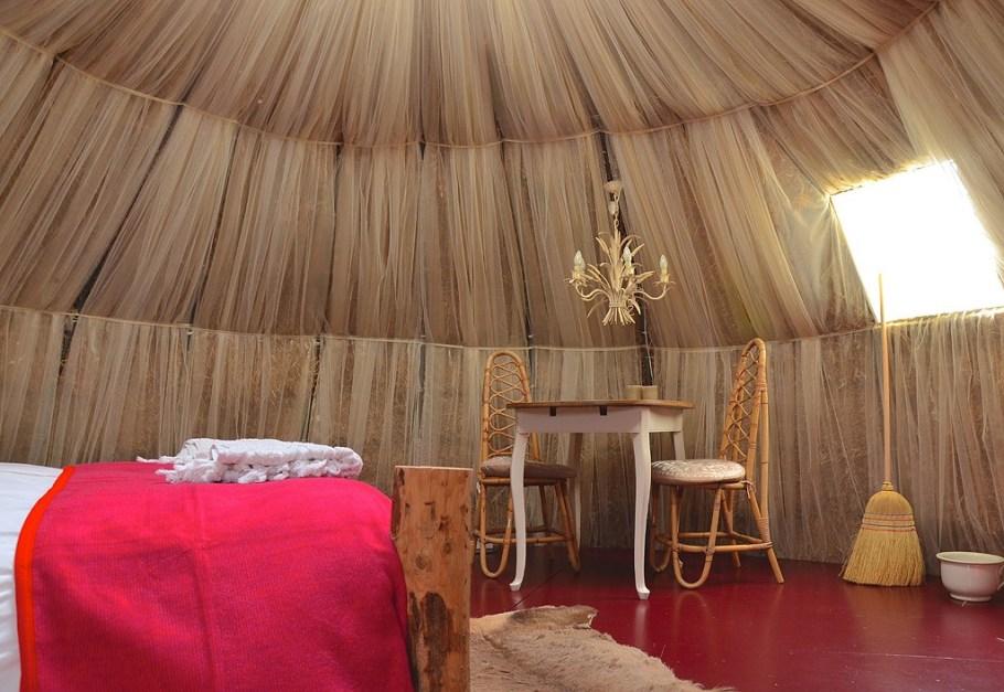 bed-eethoekje-kleine-iglo-groot-1024x706