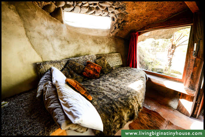 Underhill-BED