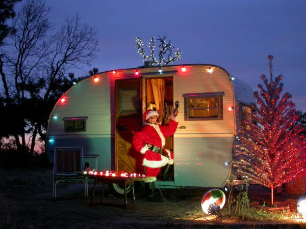36744ac2a70410b93cc0566e6bb50cb9--retro-trailers-tiny-trailers