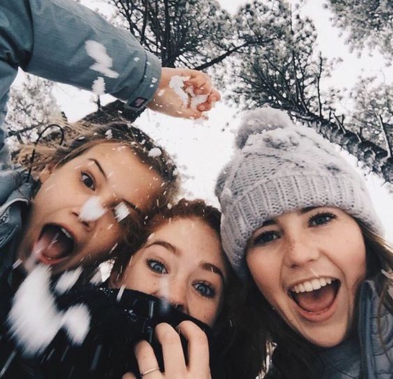 787aa97807ae5e5a9cb6c46ae5d18af6--winter-photography-friends-friend-photography