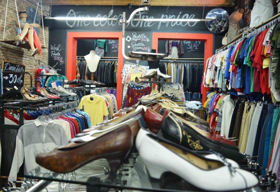 barcelone-vintage-shopping-kilo-store